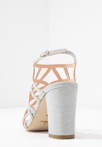 Menbur - Højhælede sandaletter / Højhælede sandaler - plata - 5