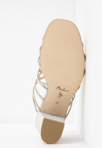 Menbur - Højhælede sandaletter / Højhælede sandaler - plata - 6