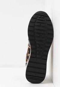 Menbur - Sneakers - black - 6