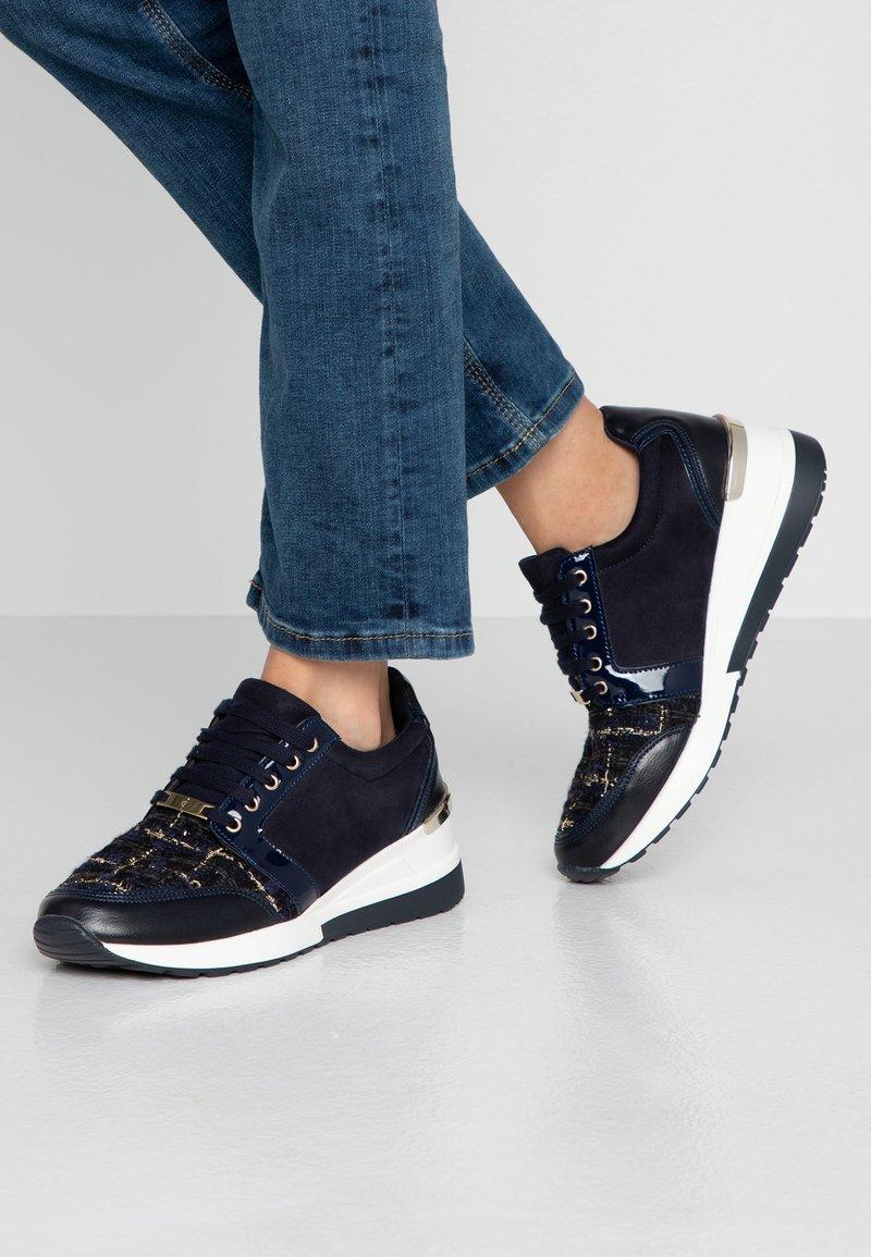 Menbur - Sneakers - midnight blue