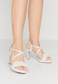 Menbur - High heeled sandals - ivory - 0