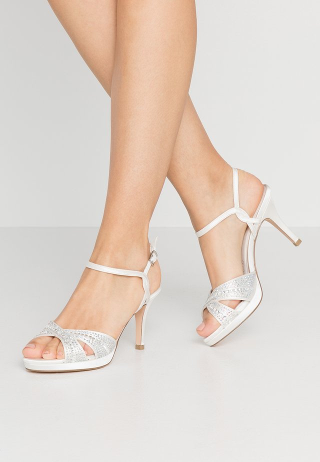 Sandales à talons hauts - ivory