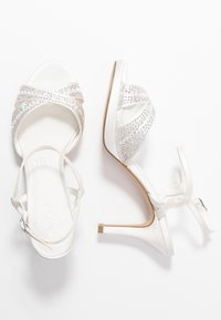 Menbur - High heeled sandals - ivory - 3