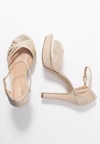 Menbur - Peeptoe heels - gold - 3