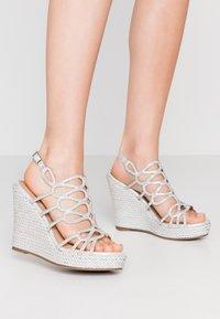 Menbur - High Heel Sandalette - silver - 0