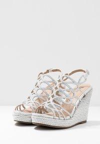 Menbur - High Heel Sandalette - silver - 4