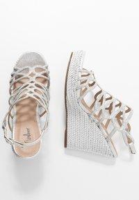 Menbur - High Heel Sandalette - silver - 3