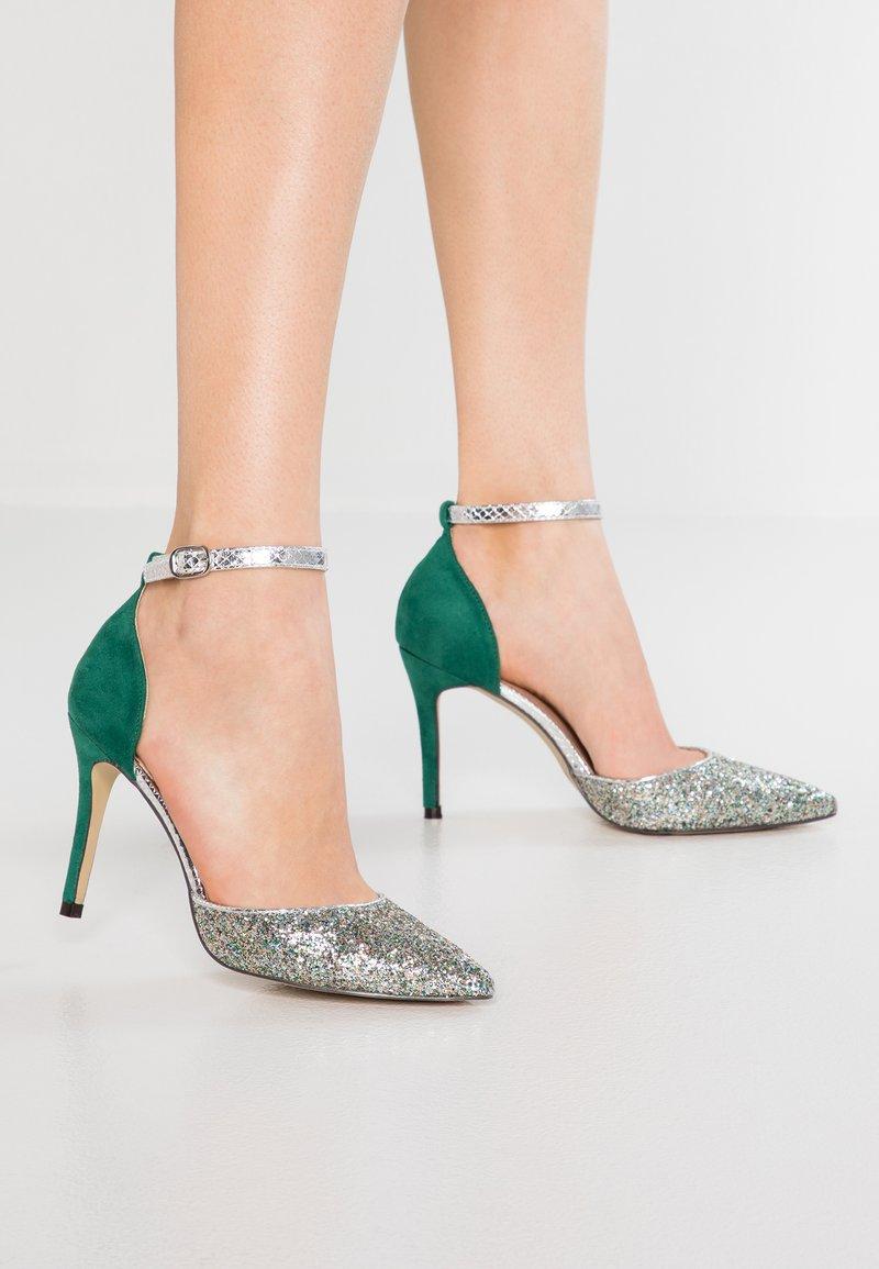 Menbur - High Heel Pumps - green