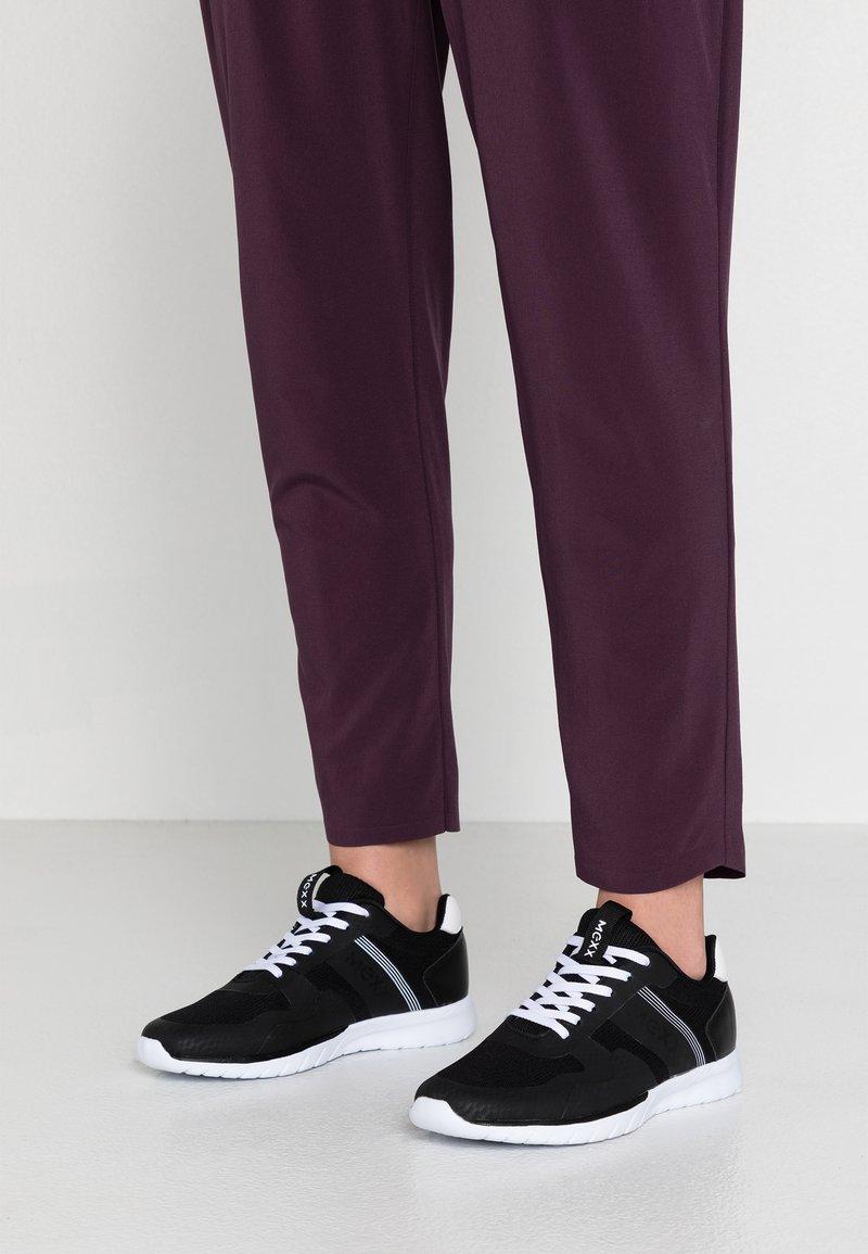 Mexx - CIAH - Sneakers basse - black/white