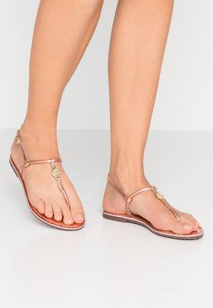 CINAR - T-bar sandals - rose
