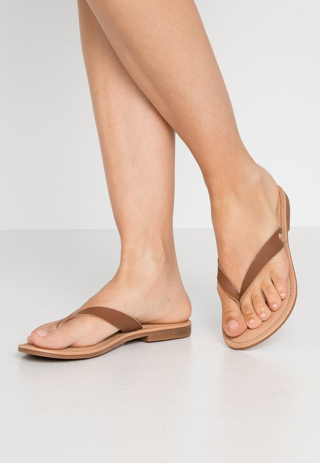 ESUI - T-bar sandals - beige