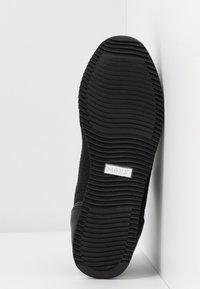 Mexx - CATO - Baskets basses - black - 6