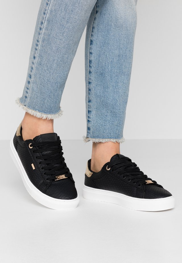 CRISTA - Sneakers - black