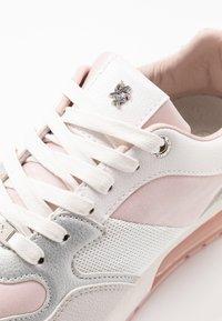 Mexx - EEFJE - Matalavartiset tennarit - light pink - 2