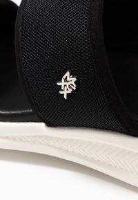 Mexx - ENYA - Pantofle - black - 2