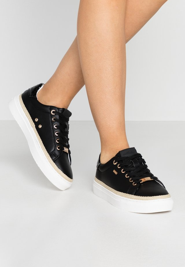 CIS - Sneakers - black