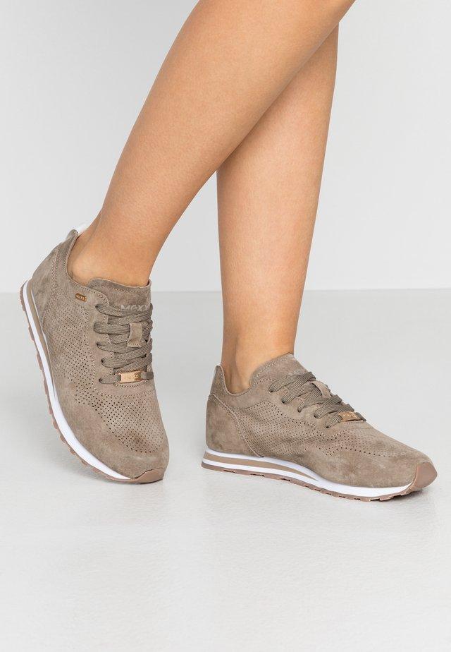 CIRSTEN - Sneakersy niskie - taupe