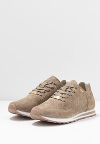 Mexx - CIRSTEN - Sneakers - taupe - 4