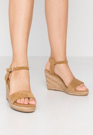 ESTELLE - Højhælede sandaletter / Højhælede sandaler - tan