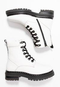 Mexx - DEVI - Kotníkové boty na platformě - white - 3