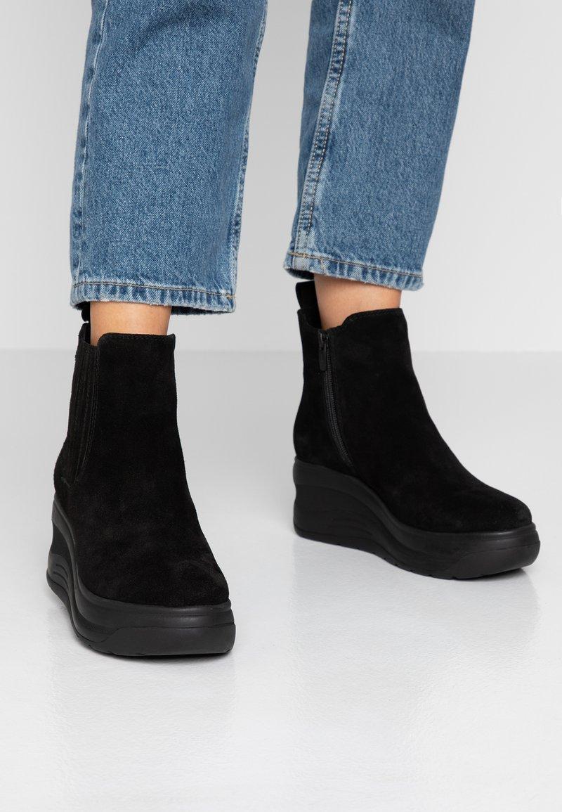 Mexx - DIARA - Korte laarzen - black