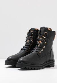 Mexx - DELANA - Šněrovací kotníkové boty - black - 4