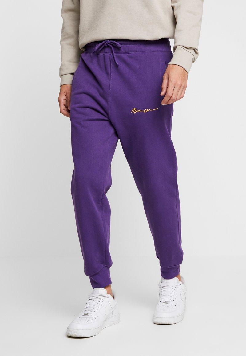 Mennace - 90S SIGNATURE - Jogginghose - purple