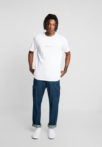 Mennace - UTILITY - Relaxed fit jeans - blue - 1