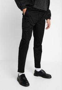 Mennace - ONE  - Kalhoty - black - 0