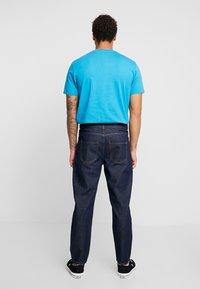 Mennace - GRIFFIN DAD - Straight leg jeans - indigo - 2