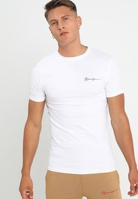 Mennace - MUSCLE TEE - Jednoduché triko - white - 0