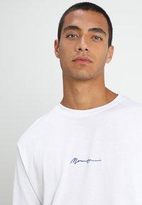 Mennace - ESSENTIAL SIGNATURE TEE - Langarmshirt - white - 4