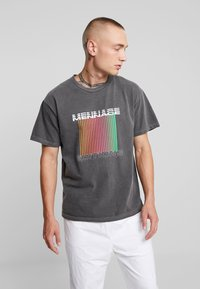 Mennace - EDITIONS REPEATER - T-shirt med print - black - 0