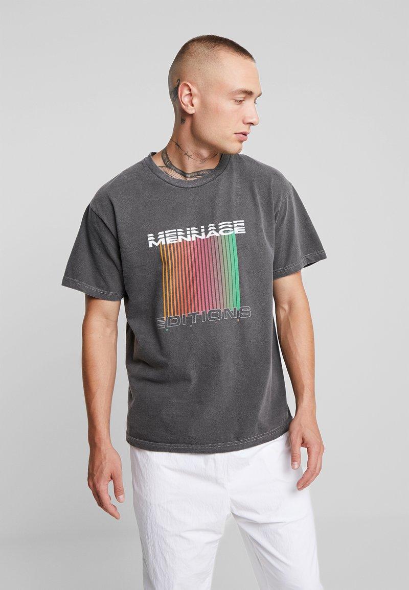 Mennace - EDITIONS REPEATER - T-shirt med print - black