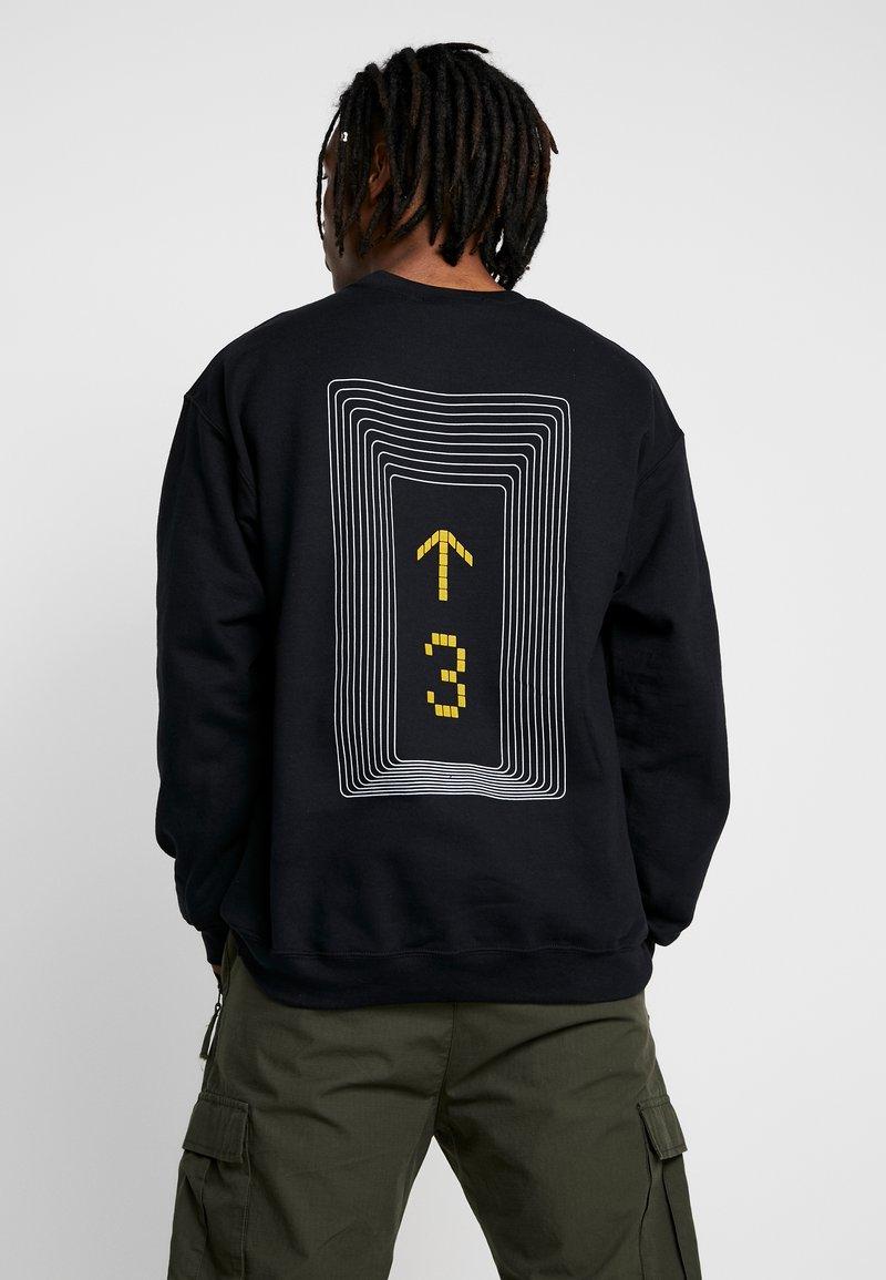 Mennace - LEVEL UP  - Sweatshirt - black