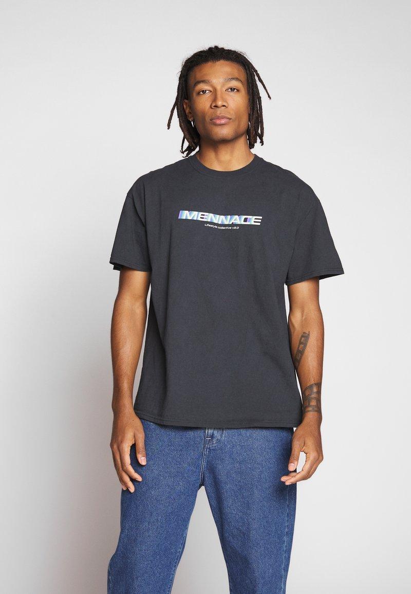 Mennace - FADE - T-shirt con stampa - black