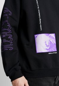 Mennace - REALITY  - Sudadera - black - 4