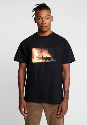 INFERNO FRONT - T-shirt med print - black