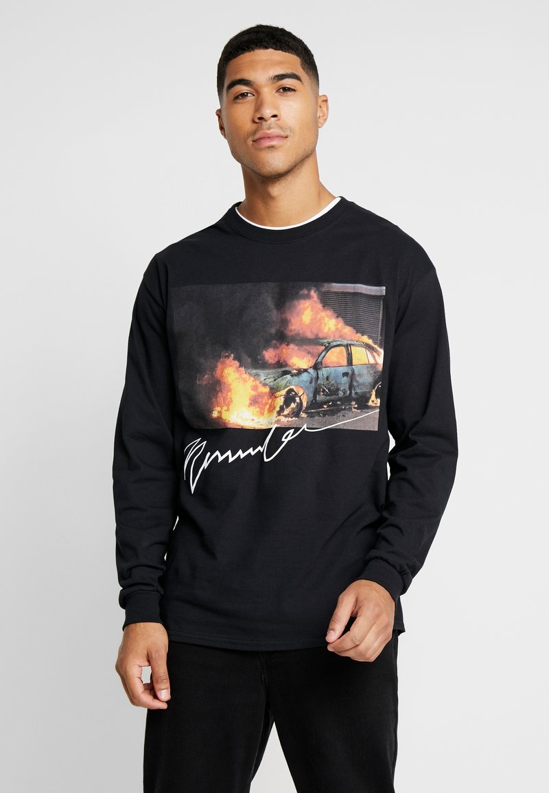 Mennace - BURNING CAR - Longsleeve - black