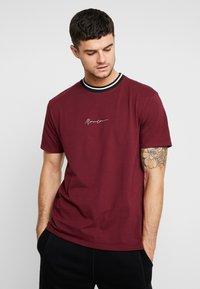 Mennace - RINGER  - Camiseta básica - burg - 0