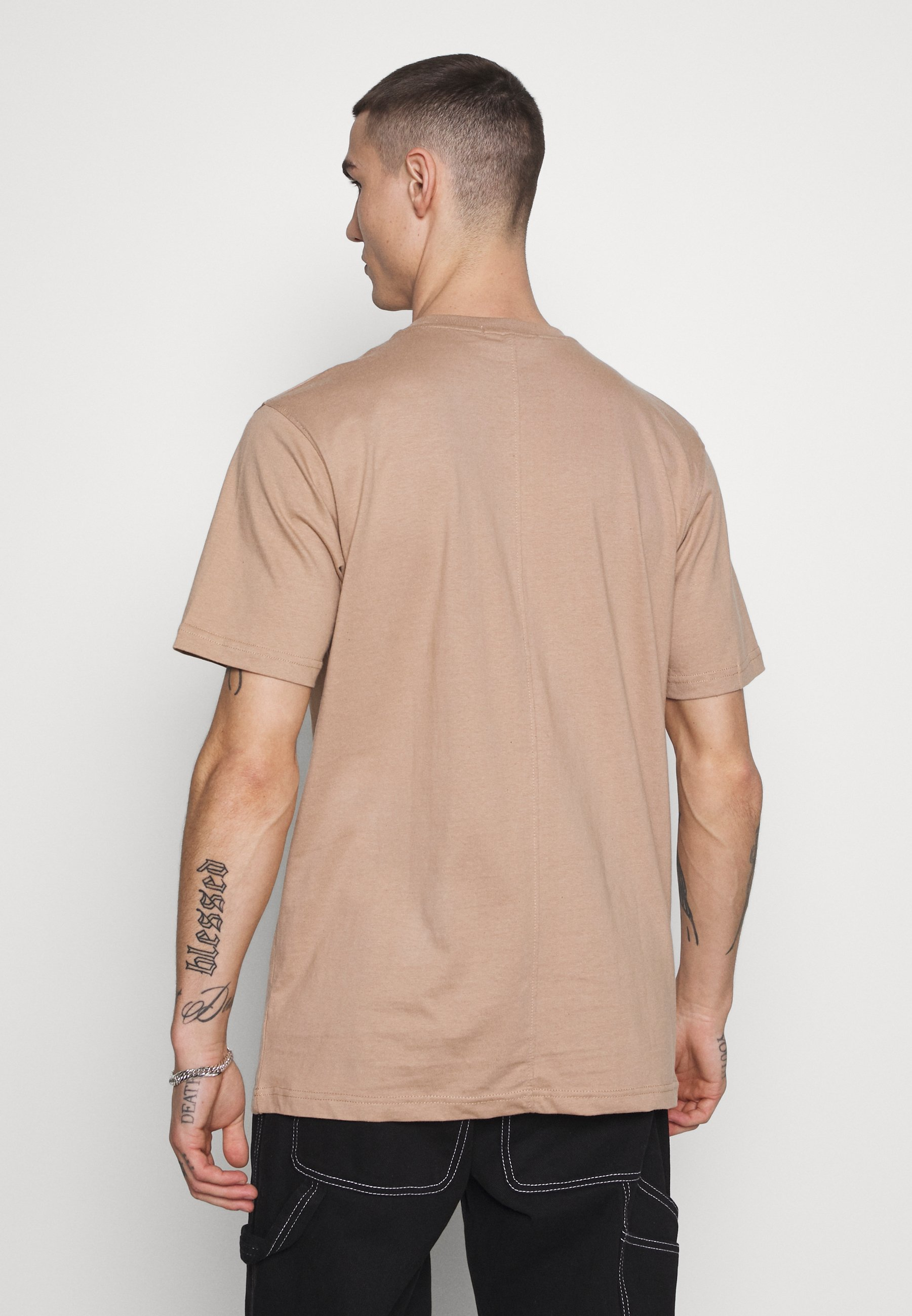 Mennace ESSENTIAL SIGNATURE  - T-shirt basic - tan