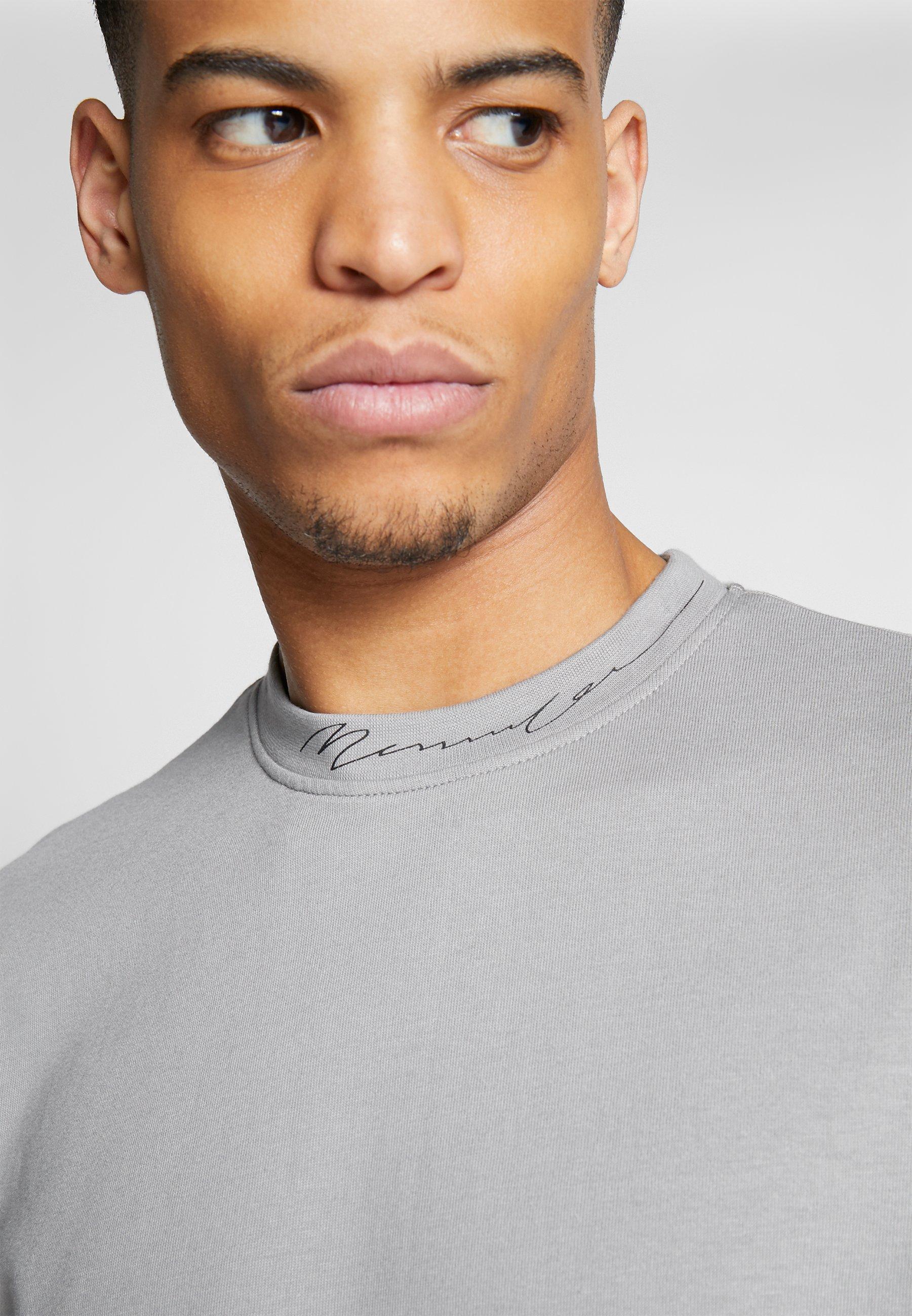 Mennace Essential Signature High Neck - T-shirt Basique Slate Grey