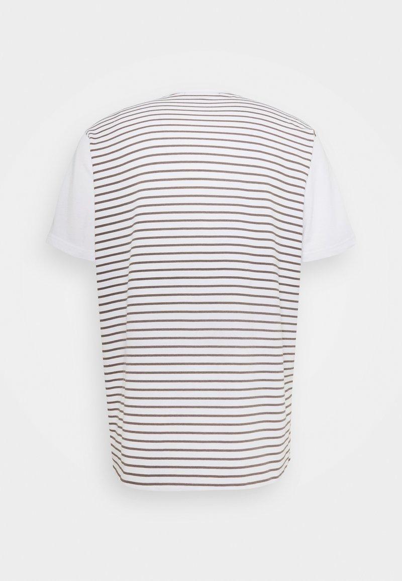 Mennace PANEL BLOCK TEE - T-shirts - white