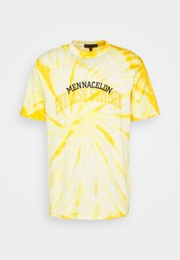 Mennace - ENDLESS SUMMER SWIRL TIE DYE TEE - Print T-shirt - yellow - 4