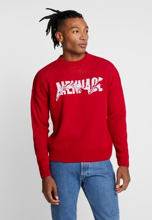 DISTORTED INTARSIA CREW NECK - Trui - red