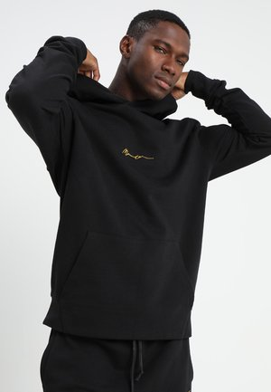 ESSENTIAL REGULAR OVERHEAD HOODY WITH SIGNATURE - Mikina s kapucí - black