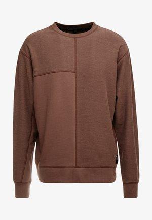 CUT AND SEW CREW NECK - Sweatshirt - brown