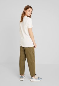 Merchcode - LADIES LONG BEACH TEE - T-shirt med print - rose - 2