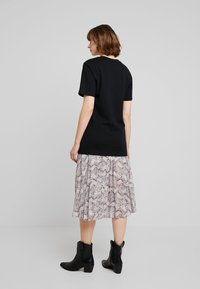 Merchcode - LADIES TEE - T-shirt imprimé - black - 2