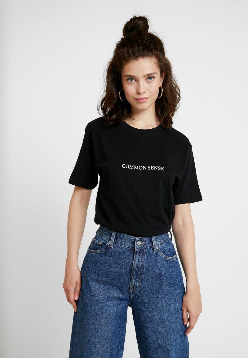 Merchcode - LADIES COMMON SENSE TEE - T-shirt imprimé - black